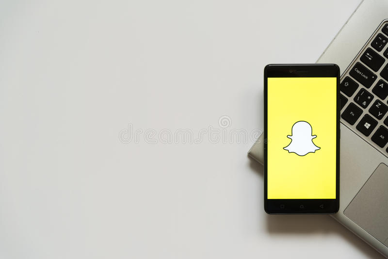 Snapchat Logo Stock Images - Download 984 Royalty Free Photos