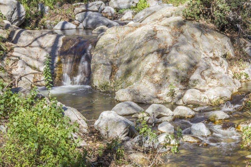 Snata Anita zatoczki krystaliczny strumień przy San Gabriel górą obrazy royalty free