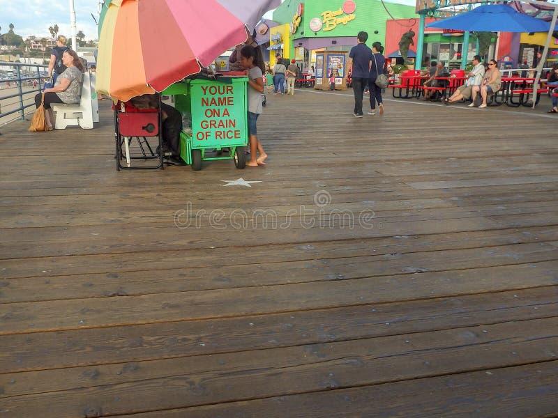 Snata Monica molo na uroczym pogodnym wieczór zdjęcie stock