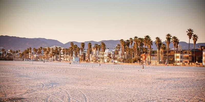 Snata Monica plaża przy zmierzchem obrazy stock
