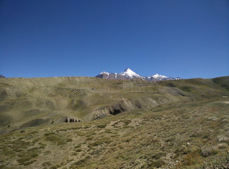Sneeuw Behandelde Berg stock foto