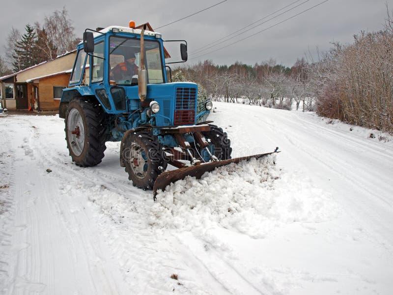 Sneeuw die 2 ploegt royalty-vrije stock fotografie