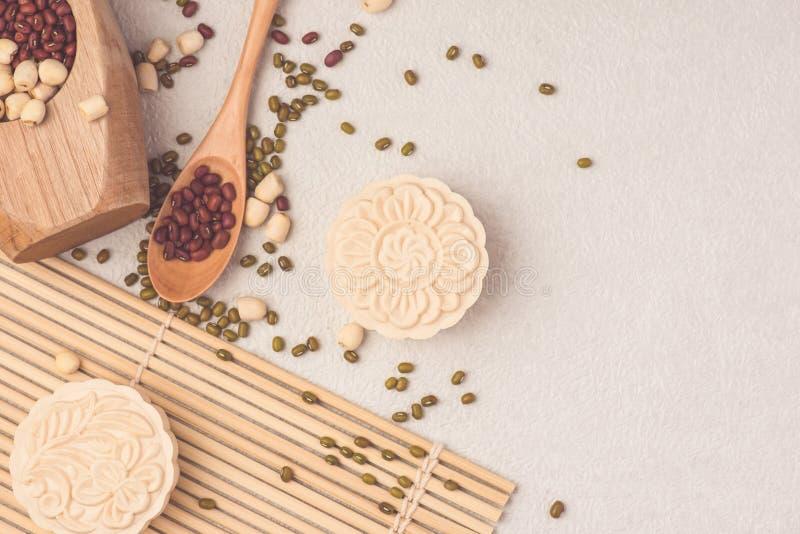 Sneeuwhuid mooncakes Het Chinese medio traditionele voedsel van het de herfstfestival royalty-vrije stock foto