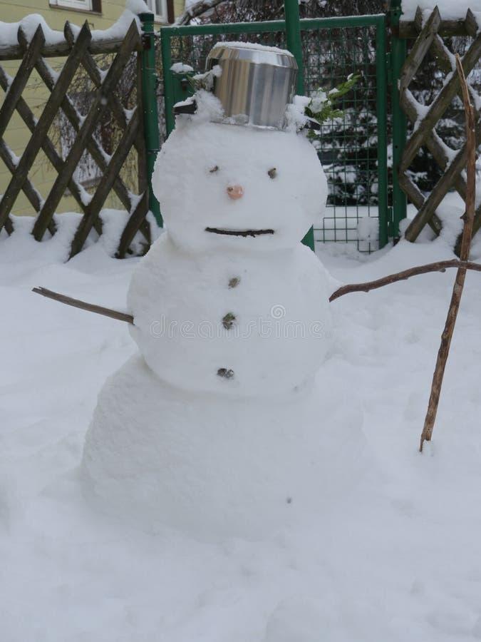 Sneeuwman met pot stock afbeeldingen