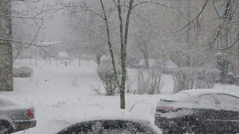 Sneeuwonweer stock afbeeldingen