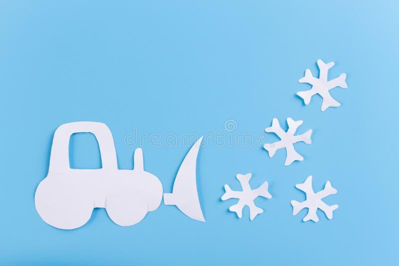 Sneeuwopheldering verwijder sneeuw stock afbeeldingen