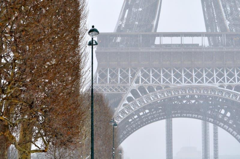 Sneeuwstorm in Parijs royalty-vrije stock foto's