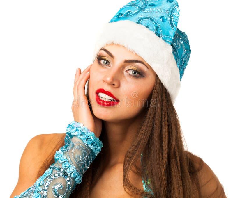Snegurochka ruso Mujer joven en el traje de la criada de la nieve fotografía de archivo libre de regalías
