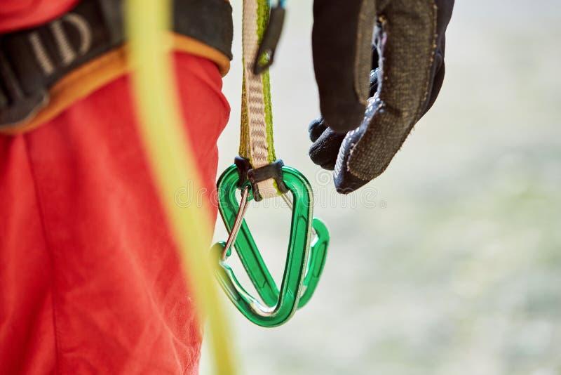 Snel-trekt op de klimmer` s uitrusting royalty-vrije stock fotografie
