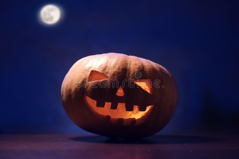 Download Sniden halloween pumpa fotografering för bildbyråer. Bild av beröm - 78725381