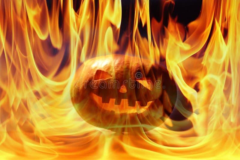 Download Sniden halloween pumpa fotografering för bildbyråer. Bild av orange - 78728167
