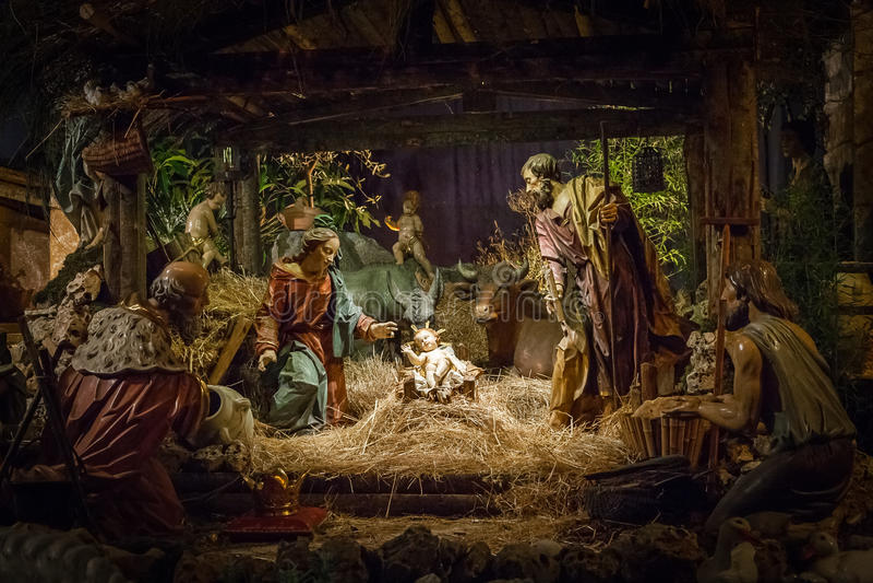Sniden julkrubba arkivbild