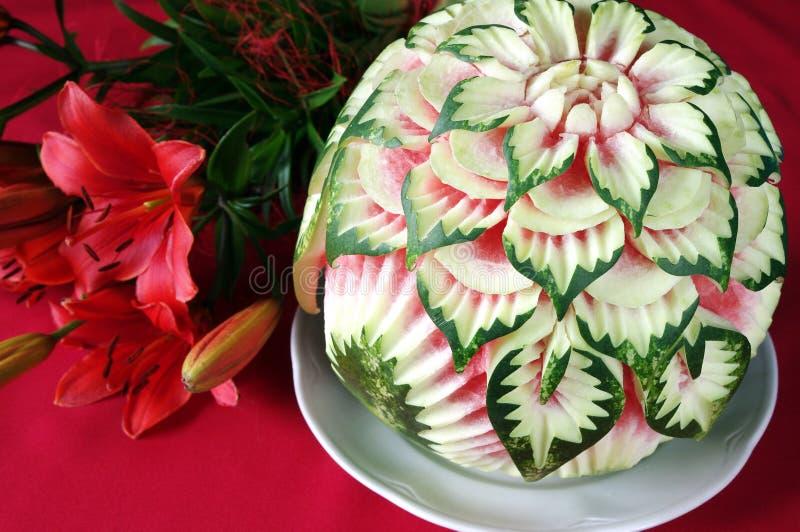 sniden oerhörd aktuell vattenmelon för blommor arkivbilder