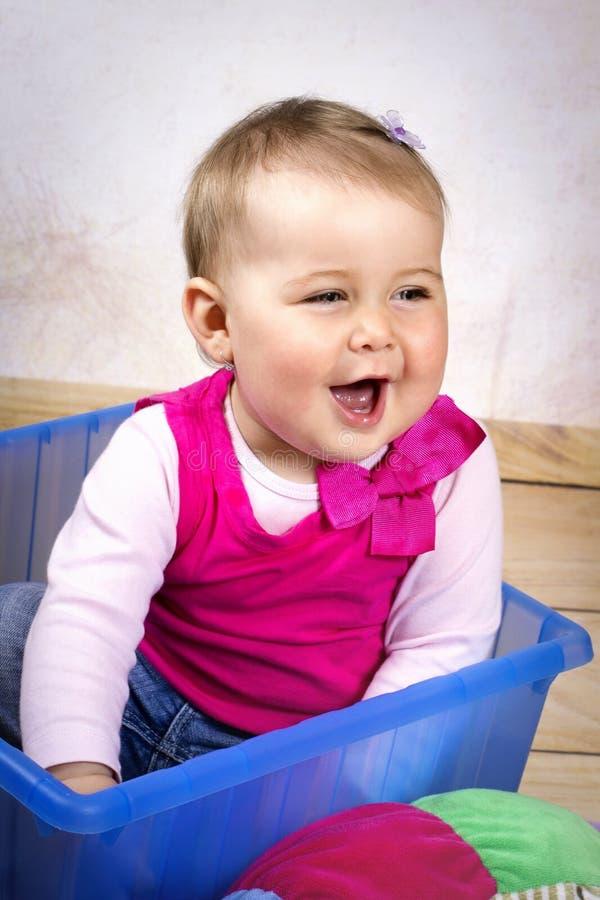 Snoepje weinig baby het lachen stock fotografie
