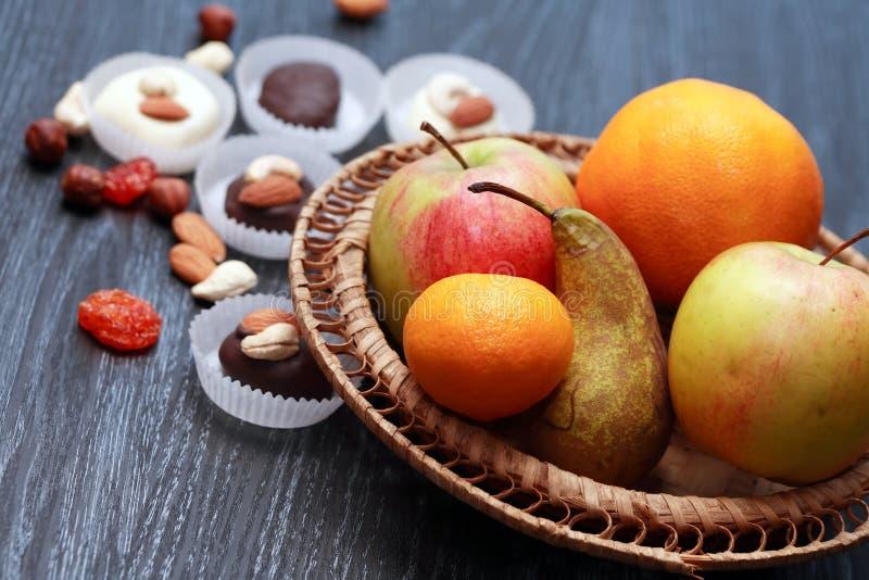 Snoepjes en Vruchten stock afbeeldingen