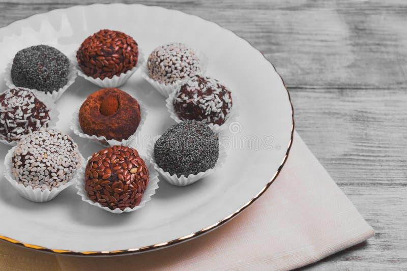 Snoepjes met de hand gemaakte chocolade royalty-vrije stock fotografie
