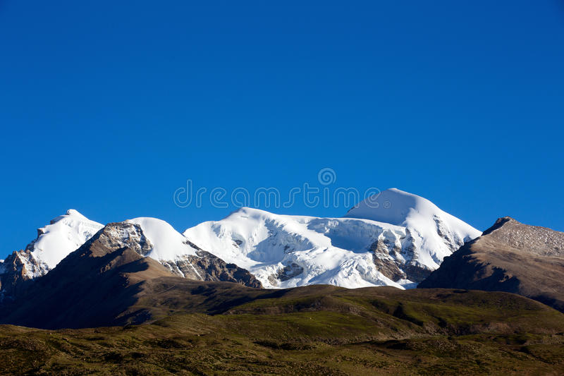 Download Snow mountain stock image. Image of chinese, view, snowberg - 32926761