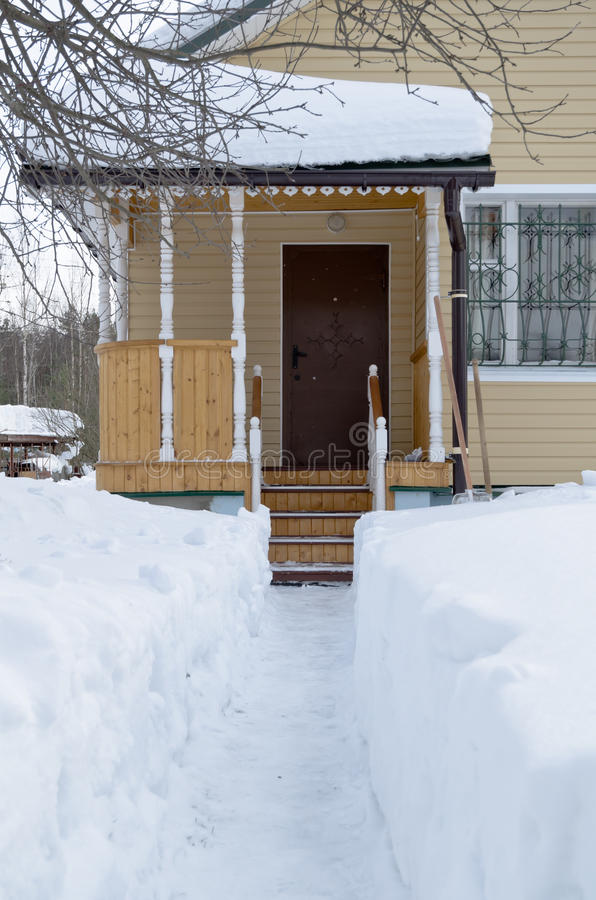 Download Snow Track To The Cottage Door Stock Image - Image of scene, dacha: 18762851