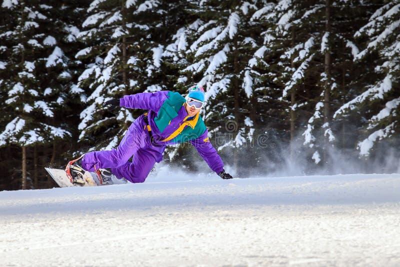 Snowboard porpora d'annata fotografia stock libera da diritti