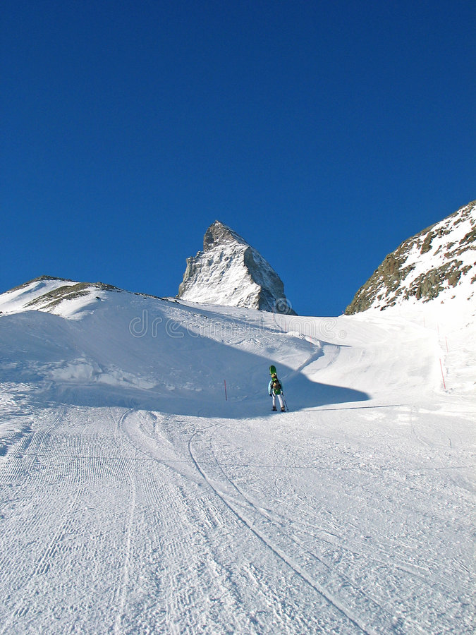 Free Snowboarder And Top Of Matterhorn Royalty Free Stock Image - 5181446