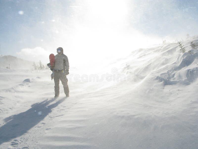 Snowboarder do homem do espaço fotografia de stock