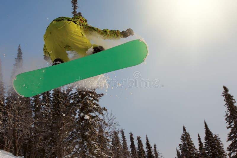 Snowboarder extrême photos stock