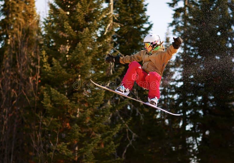 Snowboarder extremo fotografía de archivo libre de regalías