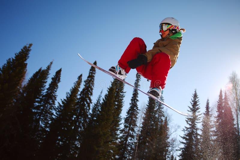 Snowboarder extremo fotos de archivo