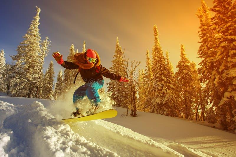 Snowboarder extremo imagen de archivo