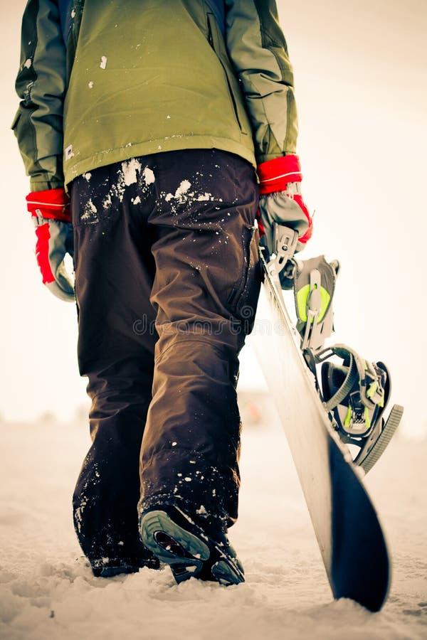 Snowboarder. Kreuz-Aufbereiten des Effektes lizenzfreie stockfotos