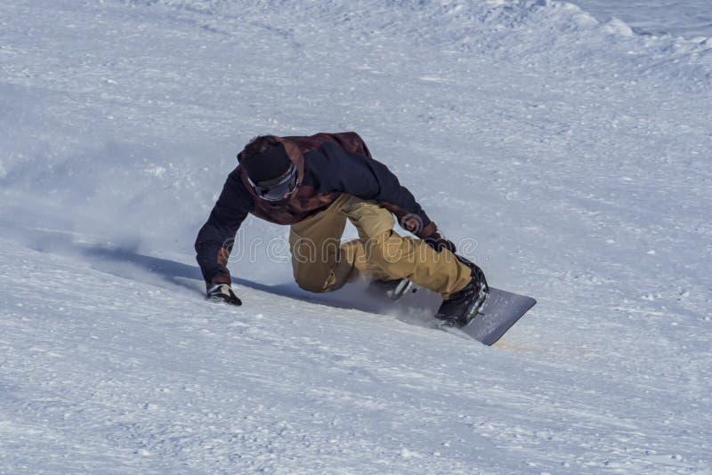 Download Snowboarder zamknięty - up obraz stock. Obraz złożonej z proszek - 106913211