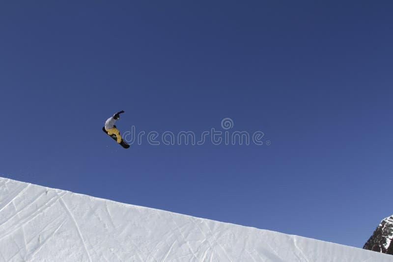 snowboarding fotos de archivo