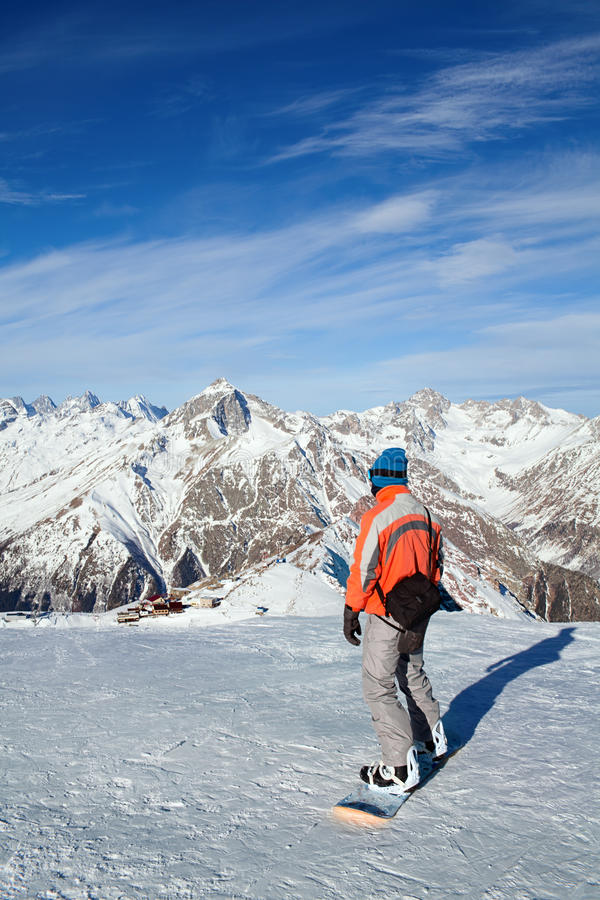 Snowboarding do esporte de inverno fotografia de stock royalty free