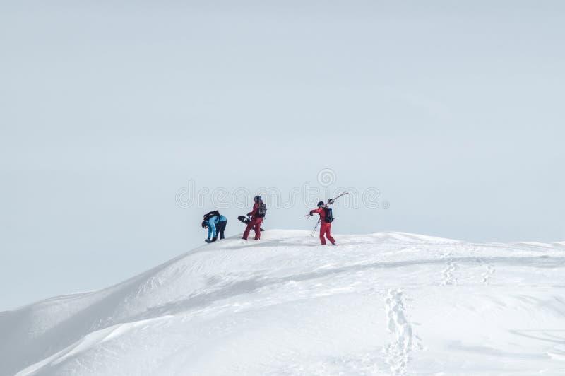 Snowboarding extrema do esporte imagem de stock