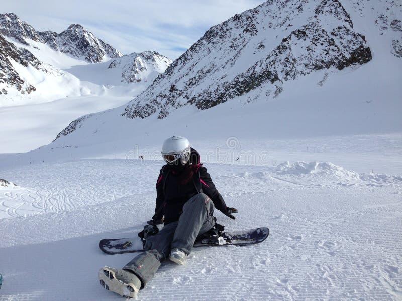 Snowboardmädchen lizenzfreie stockbilder