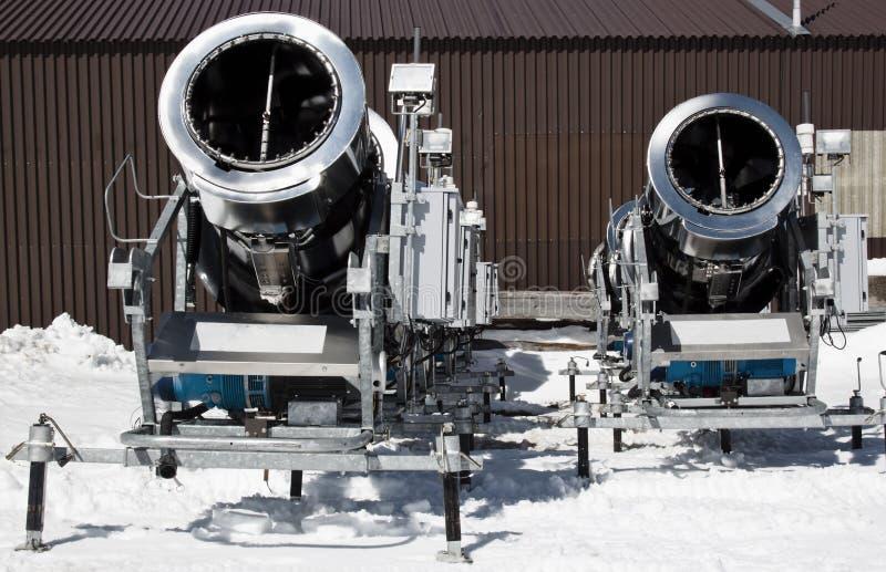 2 snowcannons, ледник Molltaler, Австрия стоковые изображения rf