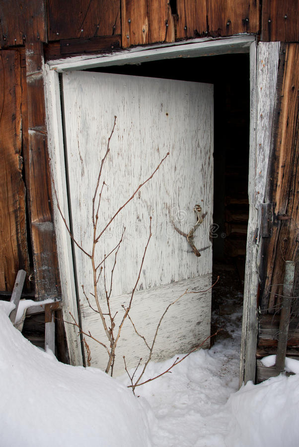 Free Snowed-In Entrance To A Building Royalty Free Stock Photos - 17432268