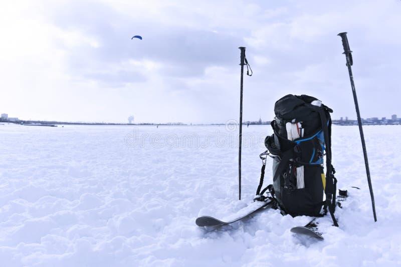 Snowkiting wyposażenie na śnieżnym zbliżeniu zdjęcia royalty free