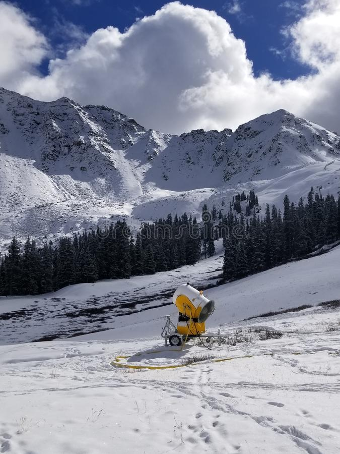 Snowmakingsmateriaal in Colorado Ski Resort stock fotografie