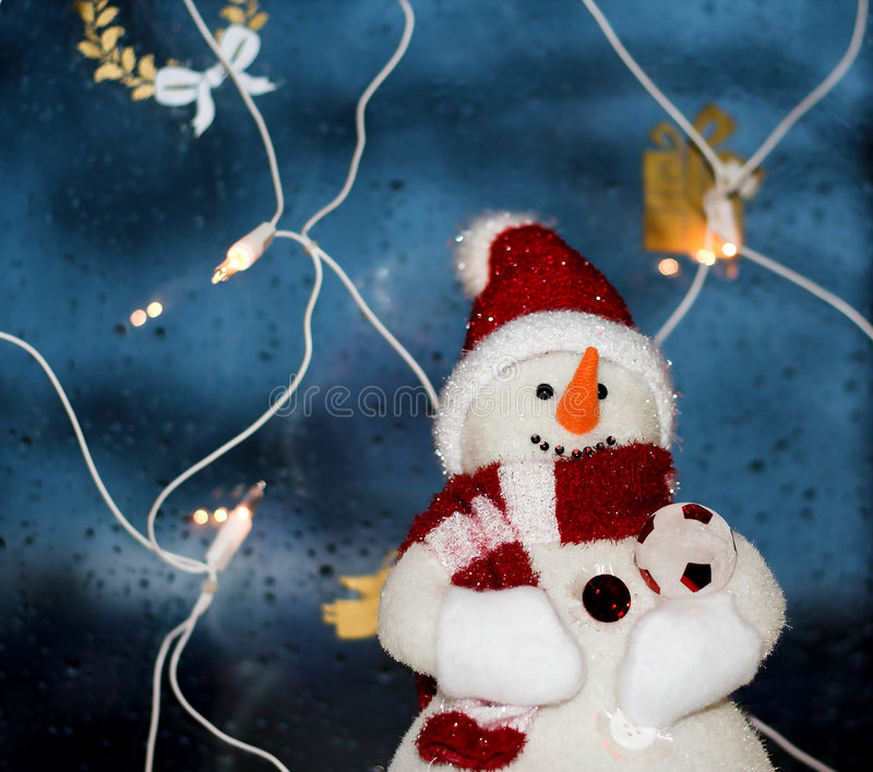 Download Snowman στοκ εικόνες. εικόνα από χριστούγεννα, βακκινίων - 379862