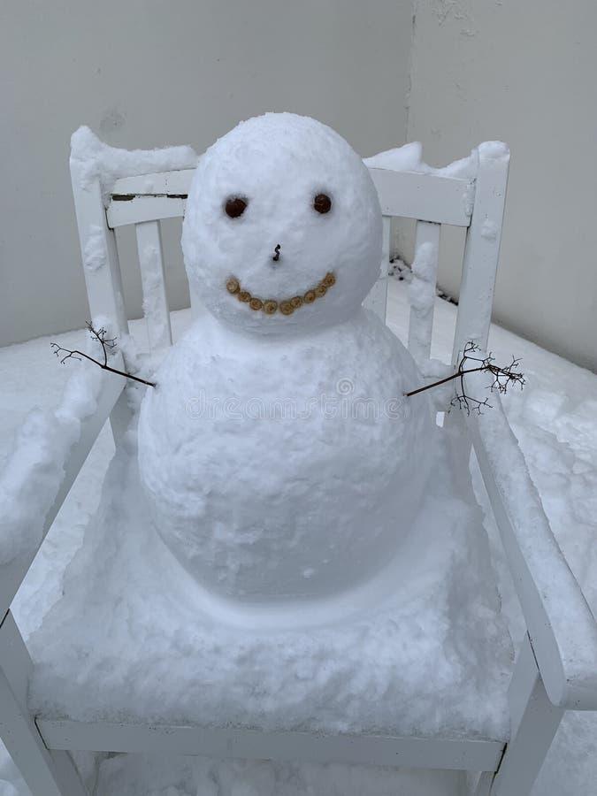 Snowman in Island lizenzfreies stockfoto