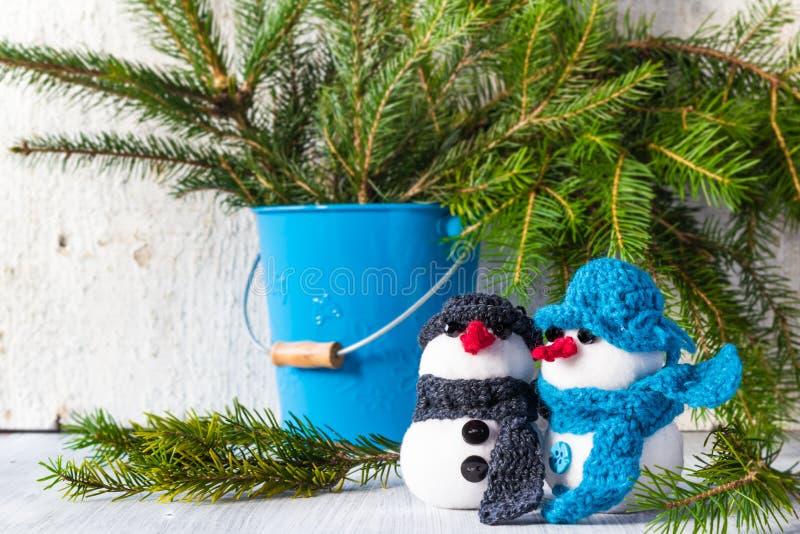 Download Snowmen Board Wooden Christmas Winter Plush Duo Stock Photo - Image: 34894430