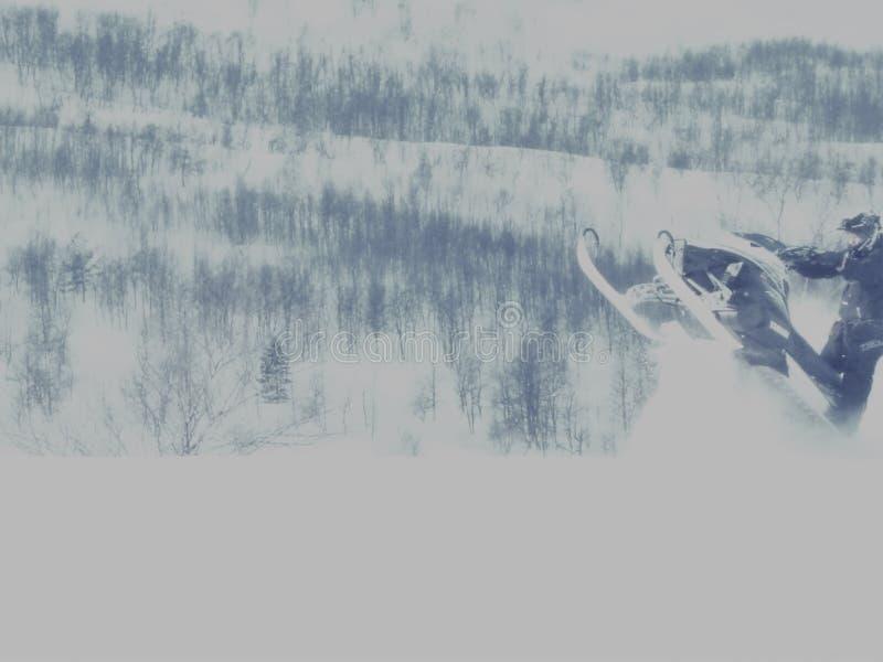 Snowmobile akci skok Norwegia zdjęcia stock