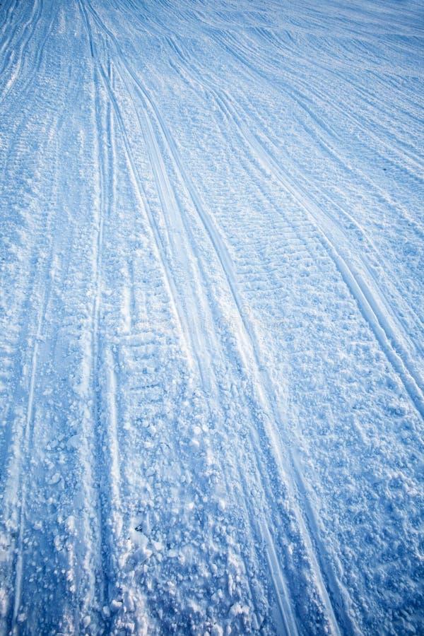 snowmobiletexturspår arkivfoton