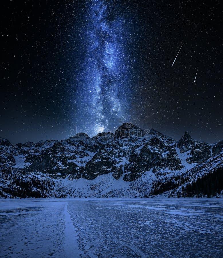 Free Snowy Morskie Oko Mountain Lake In Winter At Night Stock Photo - 178063910