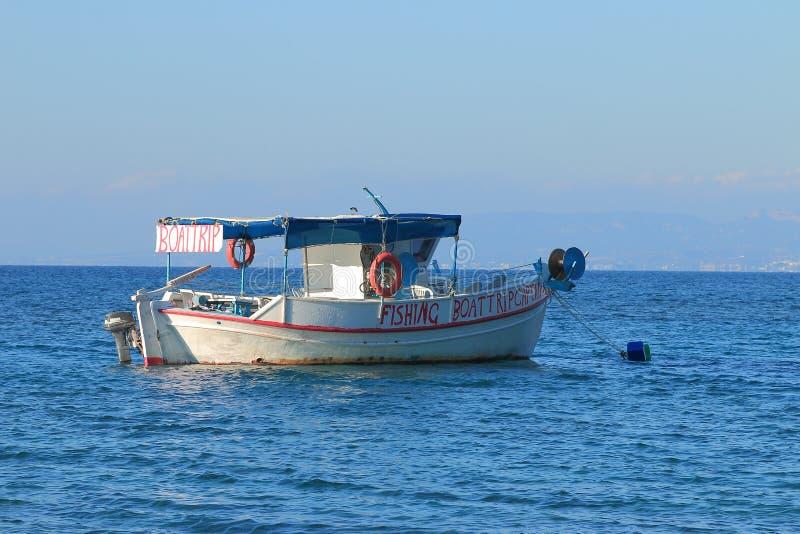 Snubbla fartyget på vatten fotografering för bildbyråer
