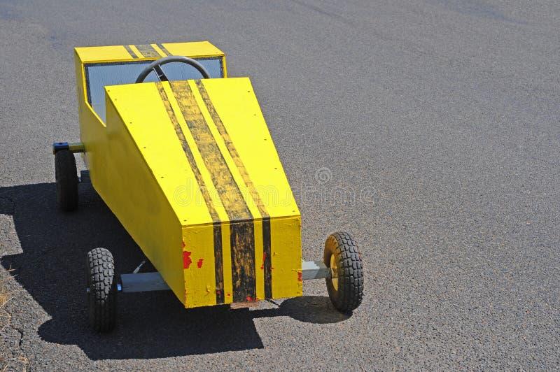 Soapboxderby-Wagen-Rennläufer stockfoto