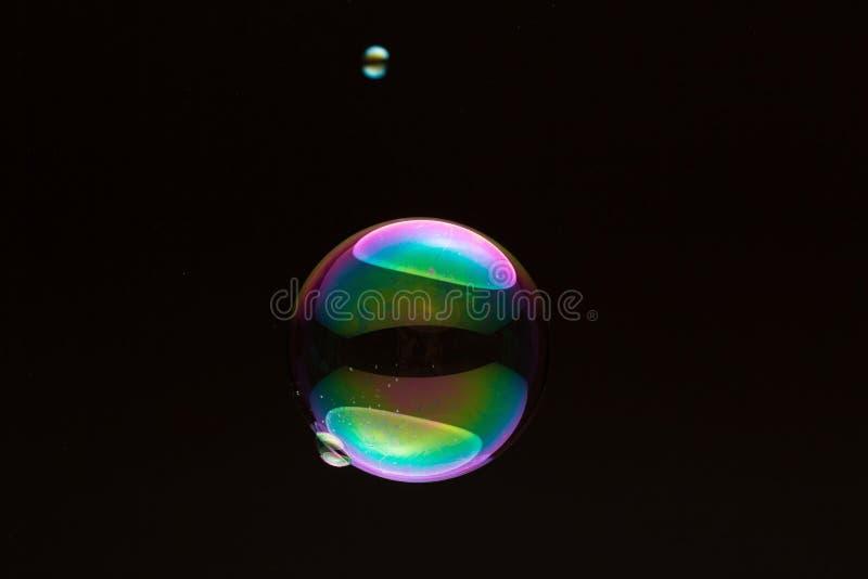 Soapbubble - petit et grand image stock