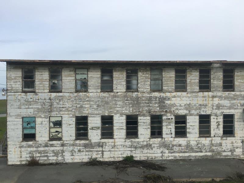 Sobras abandonadas finais de San Francisco Navy Ship Yard, 2 fotos de stock