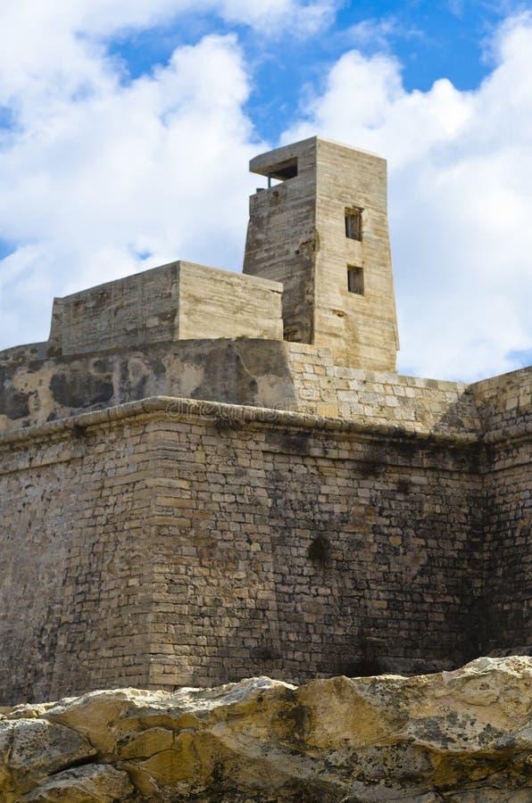 Sobras da caixinha de comprimidos militar velha, Valletta Malta imagens de stock royalty free